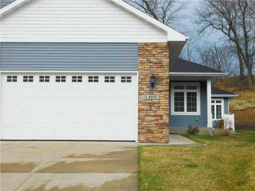 4517 Village Oaks Circle, Eau Claire